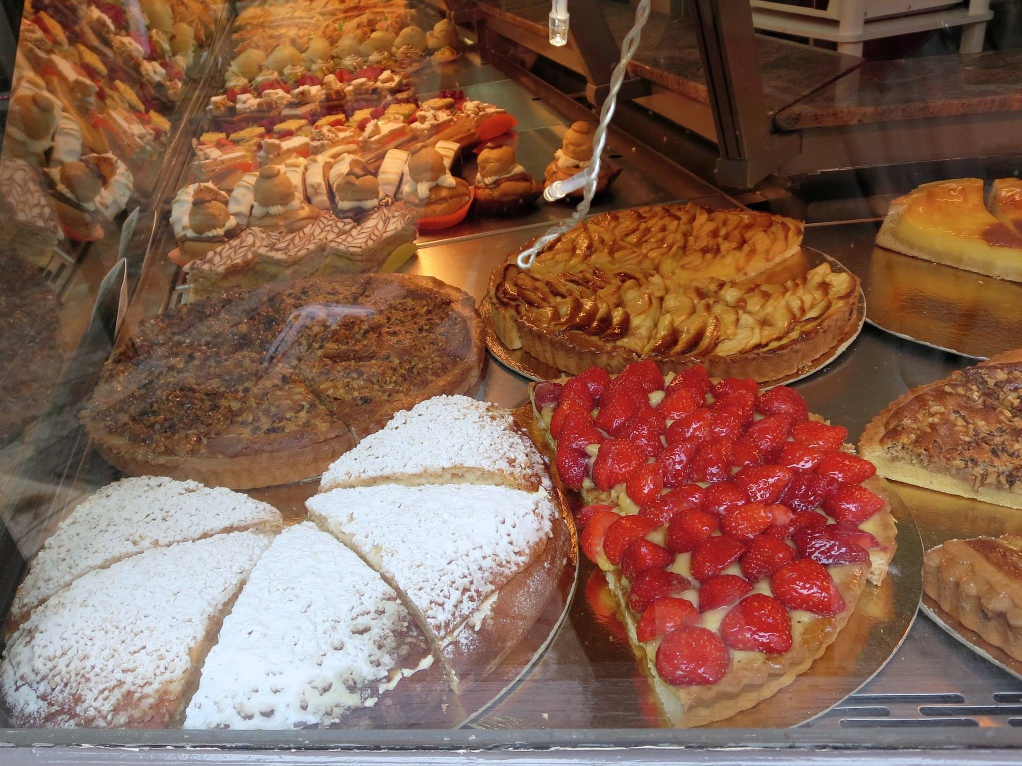 Gateaux and tarts