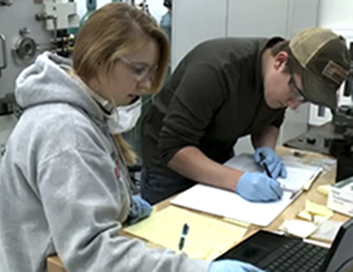 students working in engineering lab