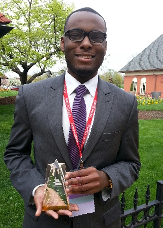 D'Angelo Taylor, a regional admissions counselor serving the St. Louis metro region for WIU, received the Rising Star Award at the recent Missouri Association for College Admissions Counseling (MOACAC) 2015 Annual Conference.