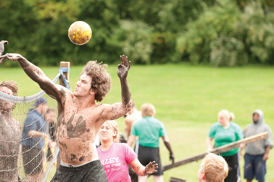 Bayliss-Henninger Mud Volleyball