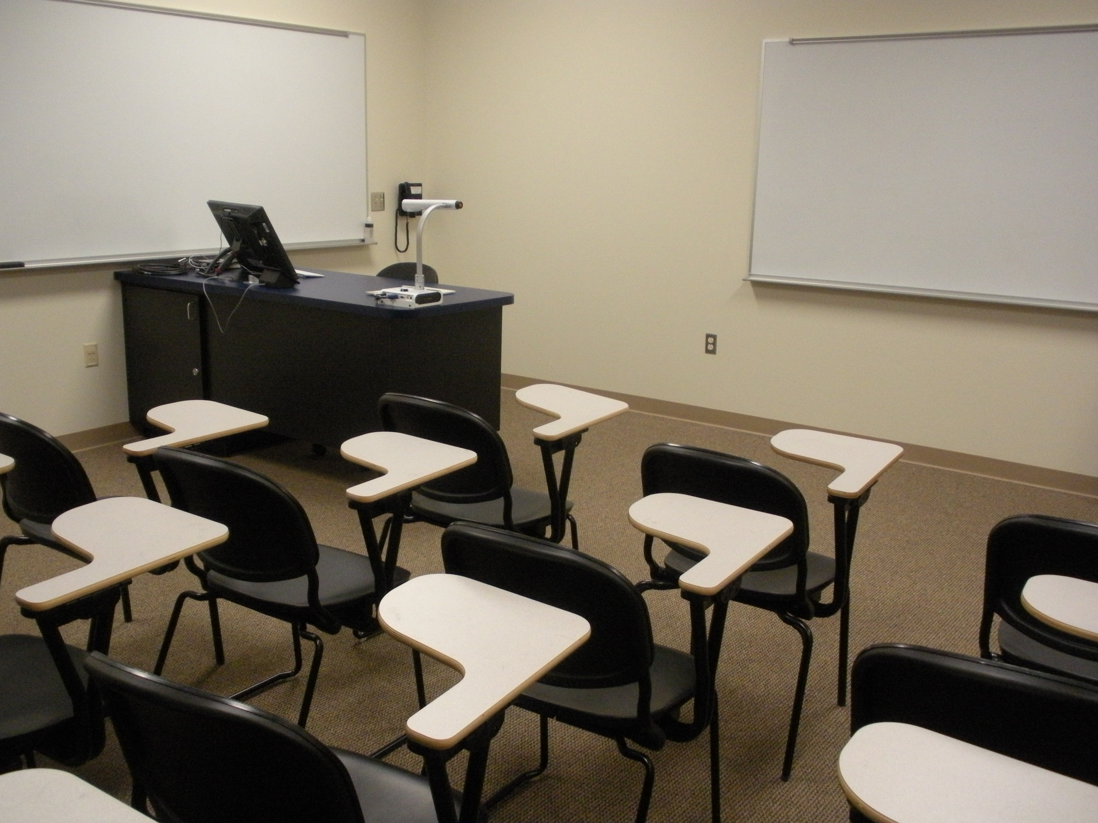 MH341 Electronic Classroom student view